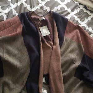 Sweaters - O/S World Market neutral wrap